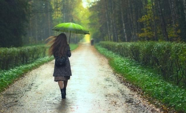 girl-in-rain