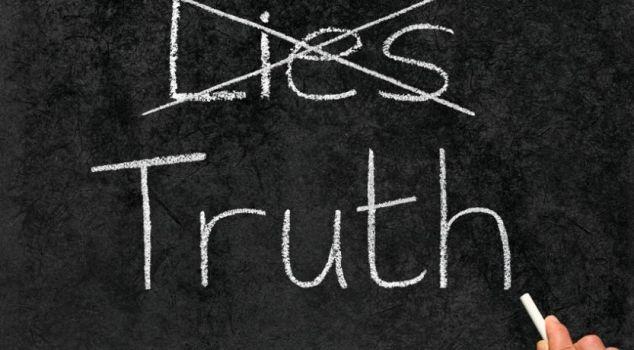 lying-truth_2_833_460_80_c1
